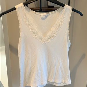 Vintage, feminine, fun and flirty lace tank